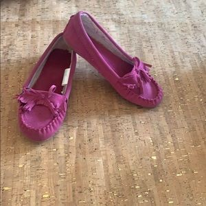Target Fuchsia Moccasin Lined Slipper, Size 9